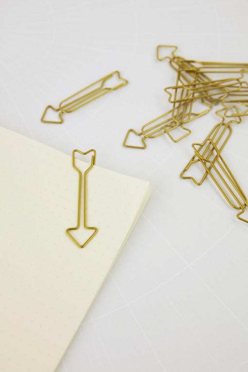 Büroklammer Arrow von Monograph, atelier.91