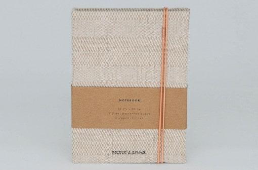 Notizbuch von monk & ANNA aus Leinen